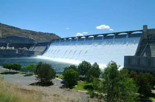Grand-Coulee-Dam-in-the-United-States